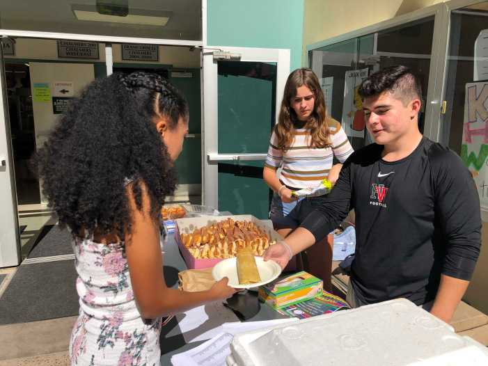 LAHSO holds fundraiser, culminating National Hispanic Heritage Month