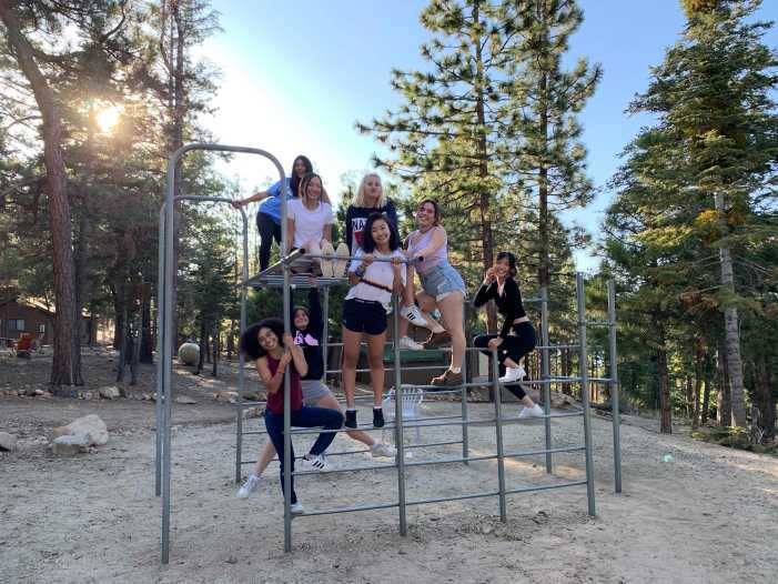 Chamber Singers bond at Alpine Meadows
