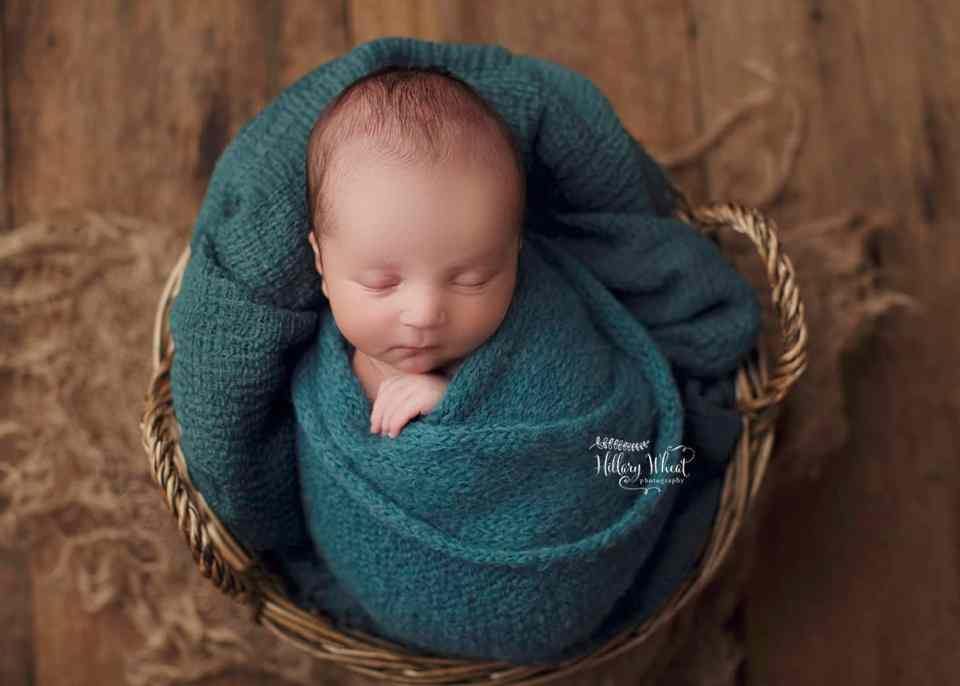 Stapleton, Aurora, Centennial newborn photographer