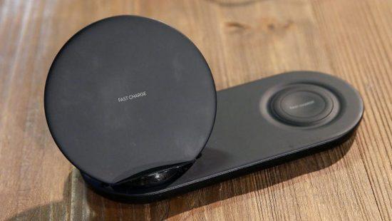 Samsung'un yeni ikili kablosuz hızlı şarj aleti