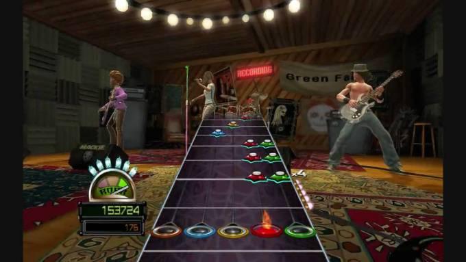 Guitar Hero: World Tour konsol