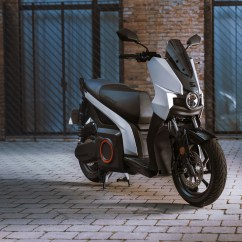 seat-mo-escooter-135-electric-scooter-9
