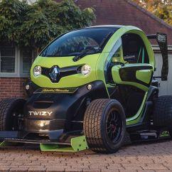 Oakley Design'ın Twizy F1'i