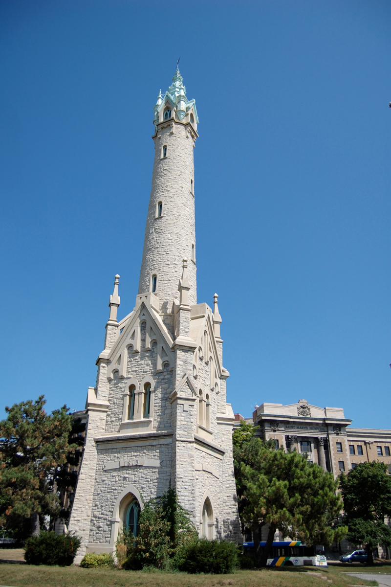 Fall In Chicago Wallpaper Historic Water Tower Neighborhood On The East Side Of