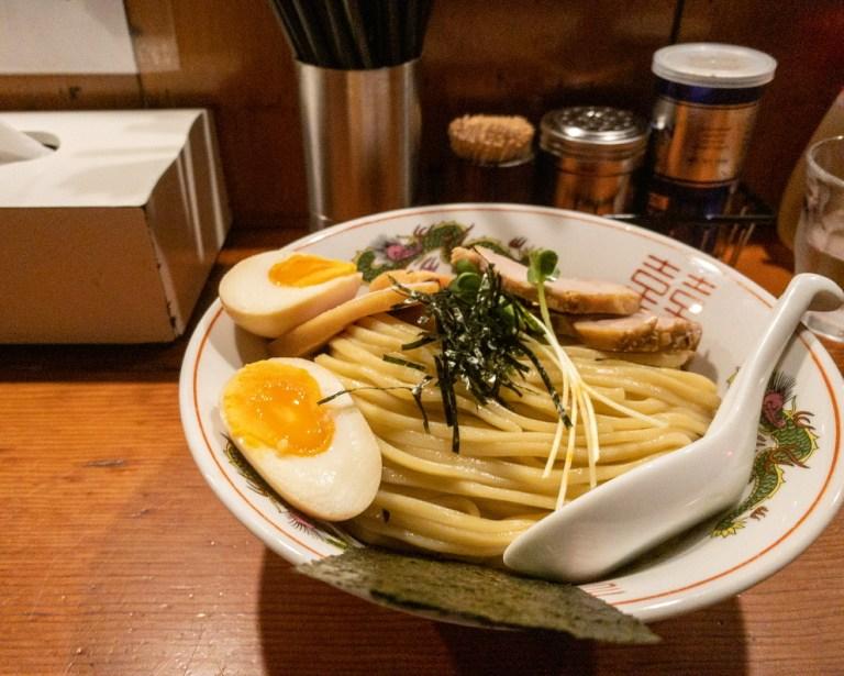 豚骨魚介つけ麺900円