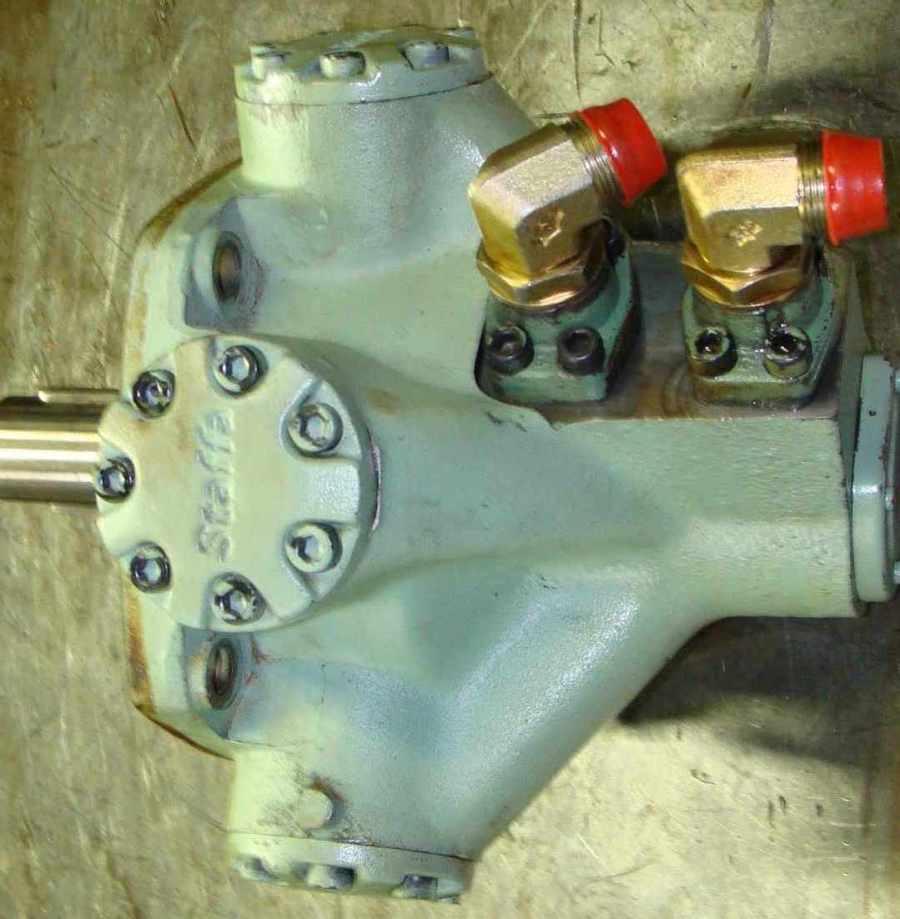 reparation_moteur_hydraulique_staffa.JPG