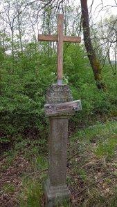 křížek u cesty, Kolvín