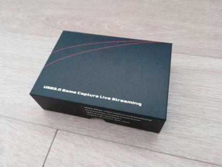 超小型ビデオキャプチャーボックス ezcap266の箱
