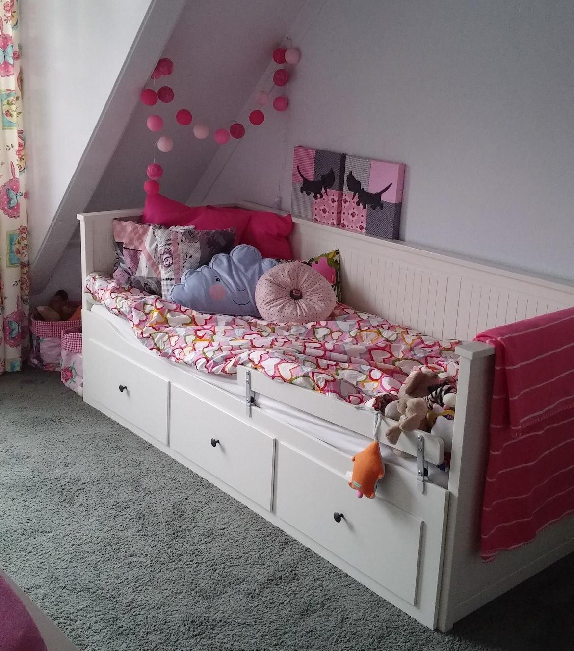 Peuter Groot Bed.Bedbank Ikea Hemnes