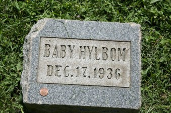 Baby Hylbom (1936-1936), my uncle