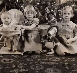 Martin, Ingrid & Lizzie - Christmas 1939
