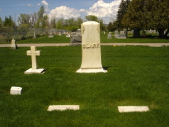Clark monument - Masonic Cemetery (Evanston, Wyoming)