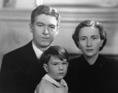 Roy & Florence Walholm, and my uncle Rusty, age 3 1/2 - photo taken in Chicago, 11 Dec 1936 (the day Edward VIII abdicated from the British Throne)