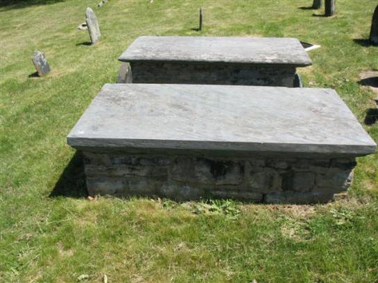Manasseh & Lydia (Moore) Minor - Gravestones - Wequetequock Burial Ground, Stonington, New London, Connecticut