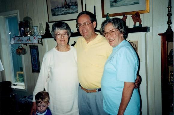 Ingrid Hetfiield, Marty Hylbom & Elizabeth Frazer (L to R)