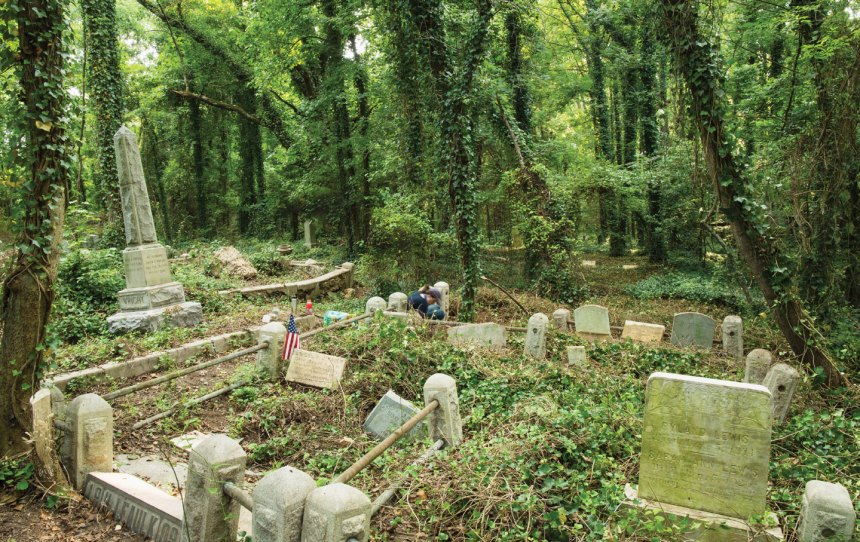 East End Cemetery in Richmond, Virginia, is one of several historic black cemeteries that have been overtaken by weeds and trash. (Brian Palmer)