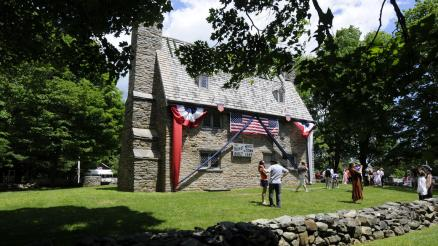 "The ""Henry Whitfield House"" (1639) is the oldest dwelling house in Connecticut and the oldest stone house in North America (outside of Quebec). It is located at 248 Old Whitfield Street in Guilford. (photo credit: Michael McAndrews, Hartford Courant, 7 Jun 2014)"