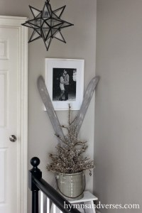 Transform Your Old Skis Into Winter Decor With Paint ...