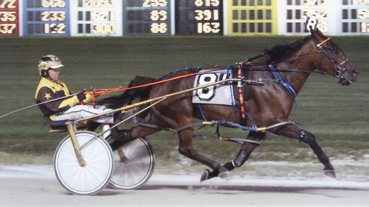 Kaydon Begone winning a race at Maywood Park on September 4, 2015
