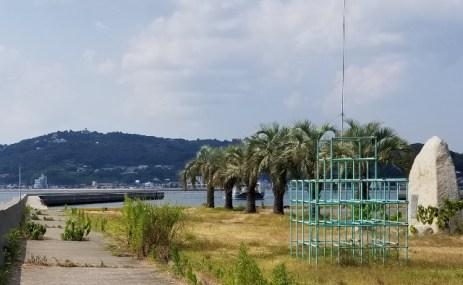 大鯨供養塔