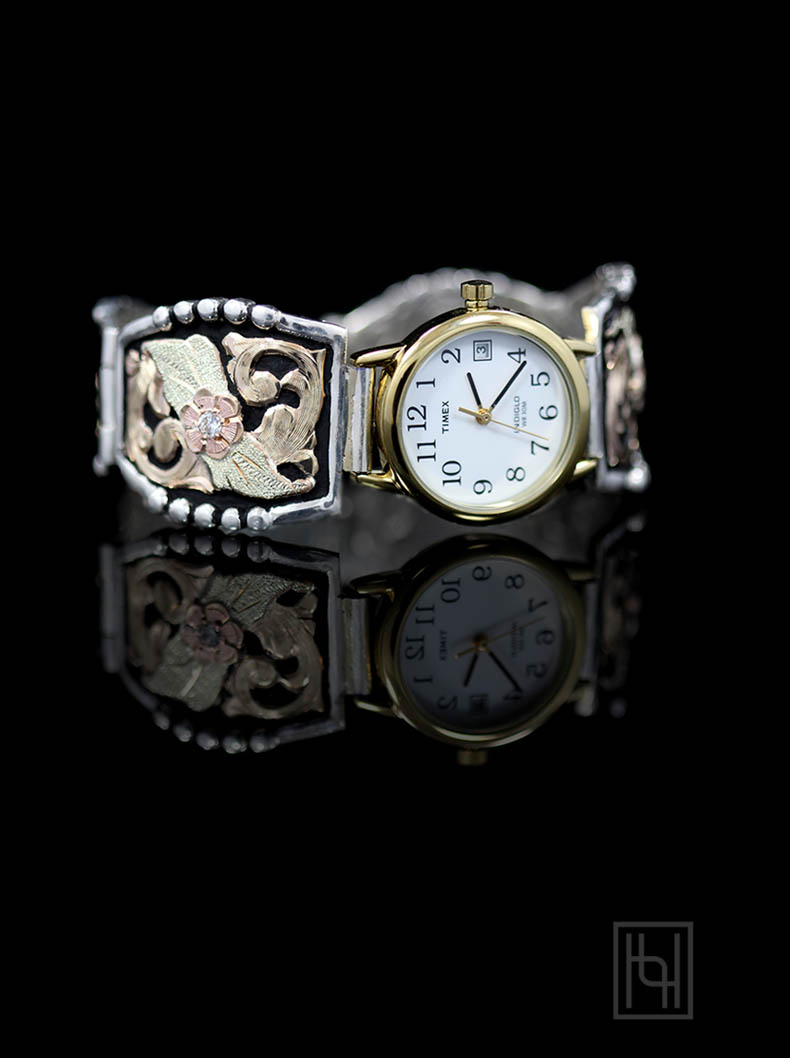 Ladies Decorated Watch Band WhiteGold Rim Face Hyo Silver
