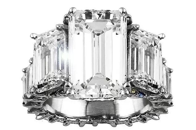 Ciara's gorgeous 15-carat engagement ring!