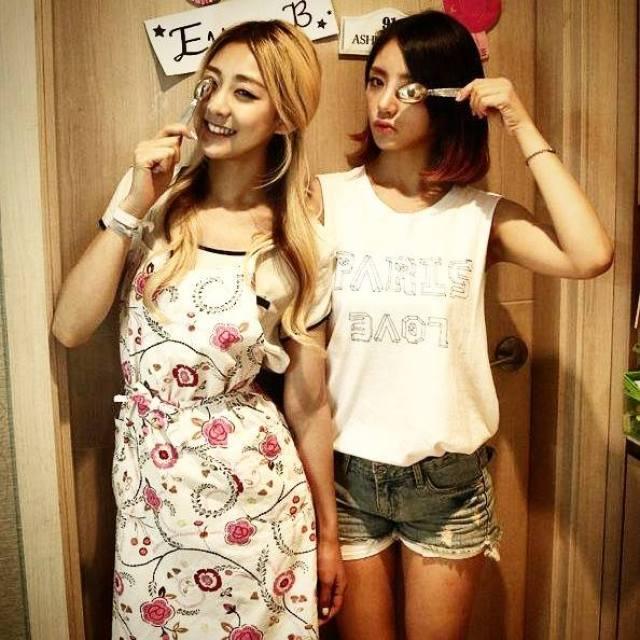 Ladies Code RiSe and EunB