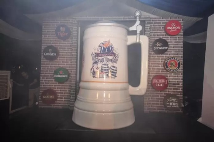 Malaysia's Biggest Mug as endorsed by the Malaysia Book of Records