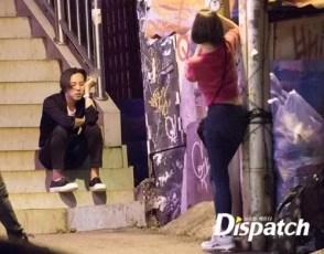 Dispatch - Kiko taking pictures of Jiyong