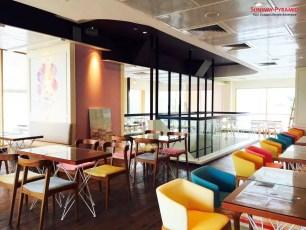 Sunway Pyramid Hello Kitty Cafe 2 Interior