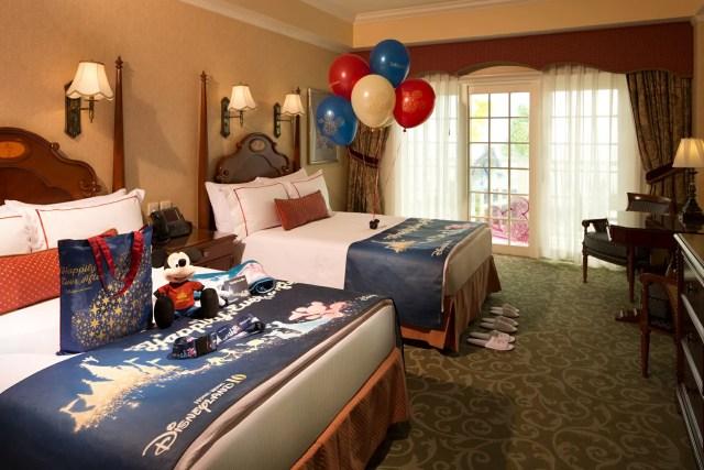 Hong Kong Disneyland Hotel Decoration_10th Anniversary Theme