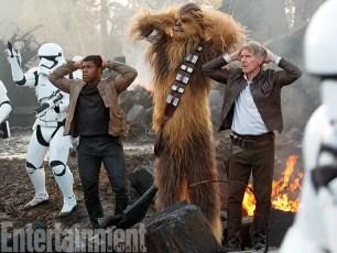 Star Wars The Force Awakens - boyega-chewbacca-ford