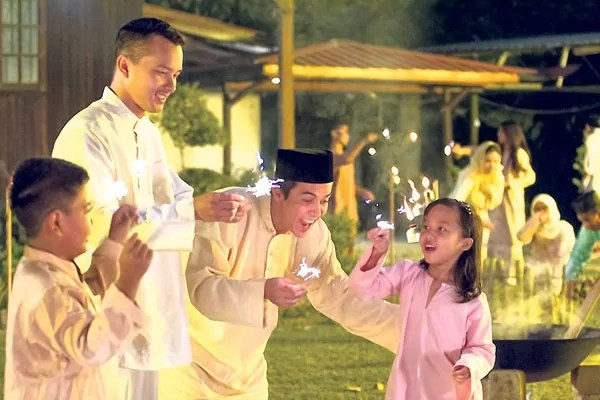 8 Types Of People You Meet During Hari Raya  Hype Malaysia