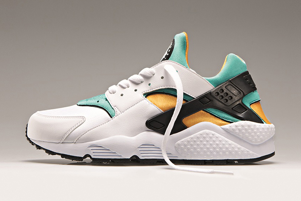 Image of Nike Air Huarache OG