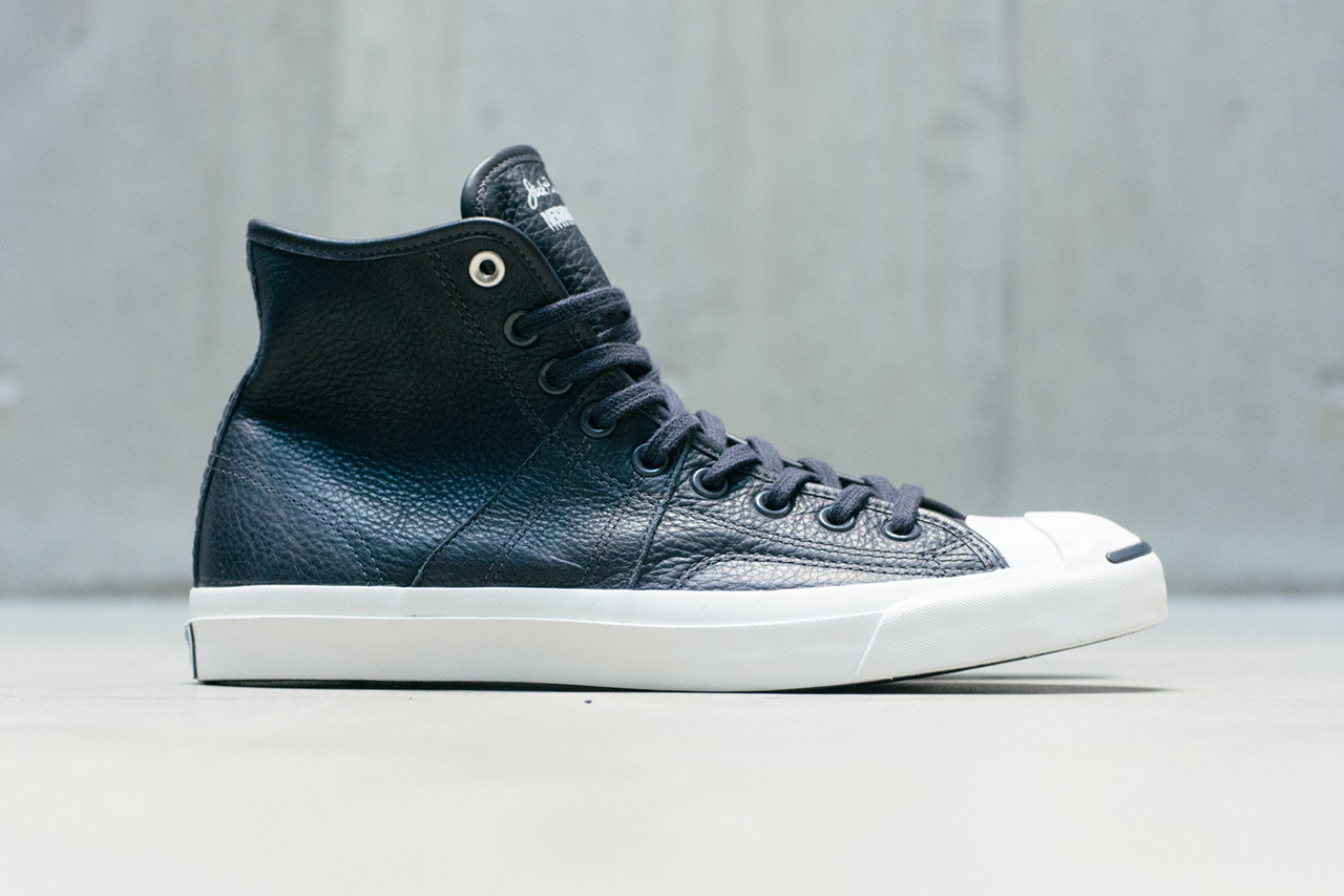 neighborhood-converse-first-string-2013-
