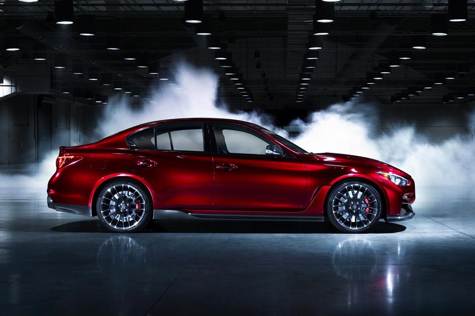 Image of Infiniti Q50 Eau Rouge Concept