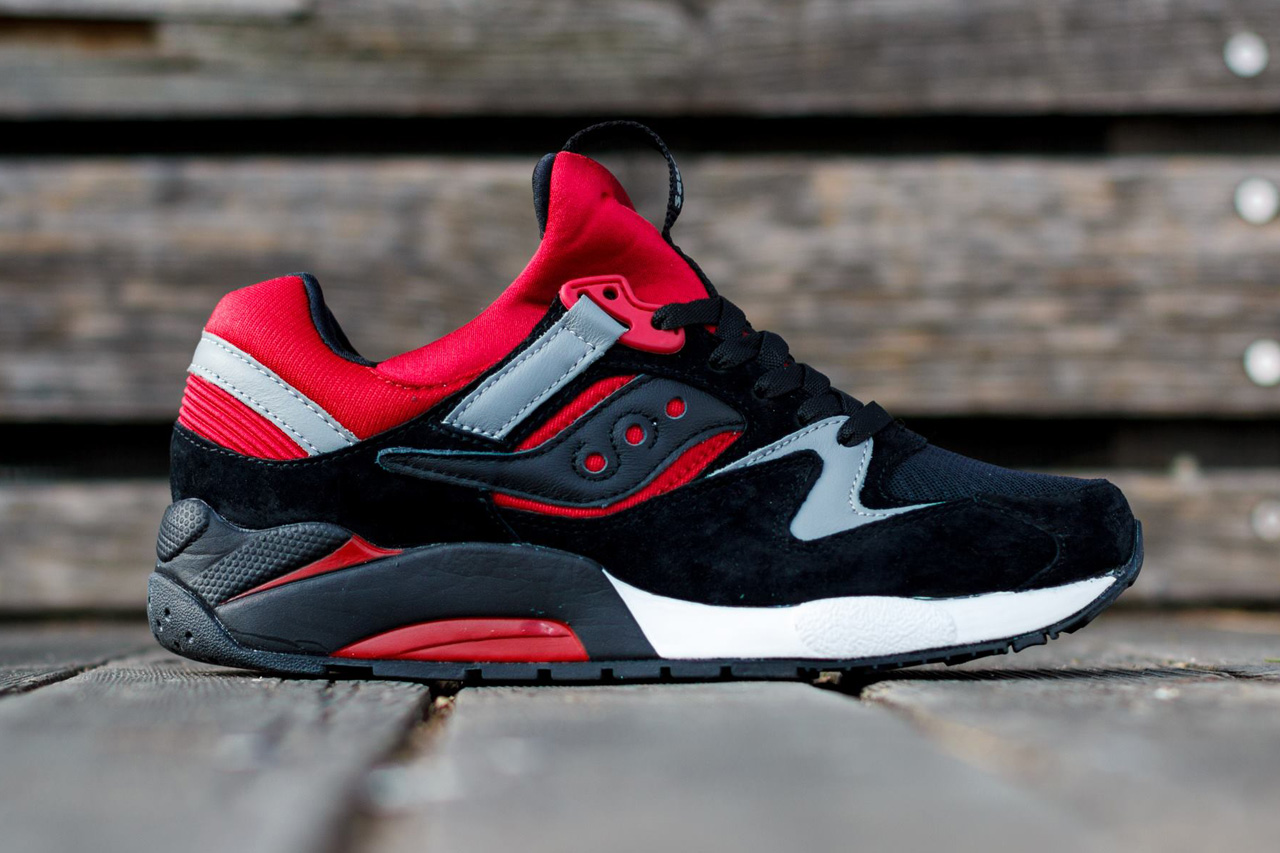 Saucony Grid 9000 70134-6 70134 6 Black/Red Titolo