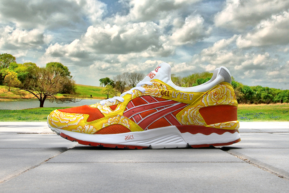 """Image of ASICS Gel Lyte V """"From Beijing to Texas"""" Customs by Zhijun Wang"""
