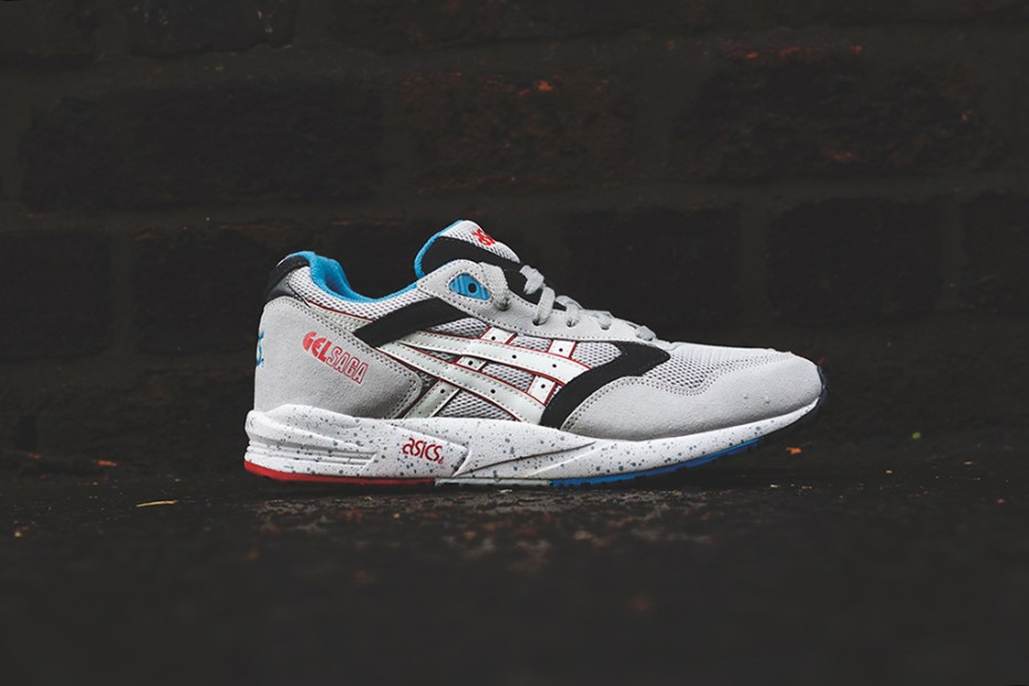 "Image of Asics Gel Saga ""Exploration Tech"" Soft Grey/White"