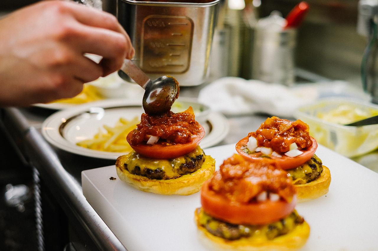 "Image of HYPEBEASTS Eats: The ""Pharrell Burger"" at NIGO's 2-5 Café"