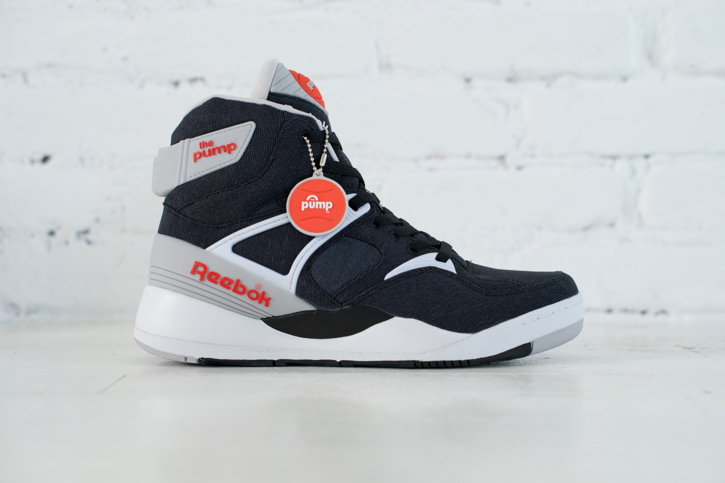 dad1b55ffdb8 atmos (Japan) x Reebok Pump 25th Anniversary
