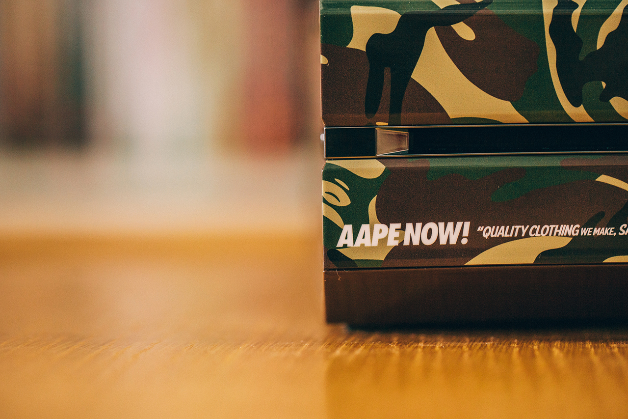 "Image of A Closer Look at the Xbox One ""AAPE by A Bathing Ape"" Edition"