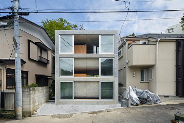 Image of Takeshi Hosaka Architects Presents Byoubugaura House in Yokohama