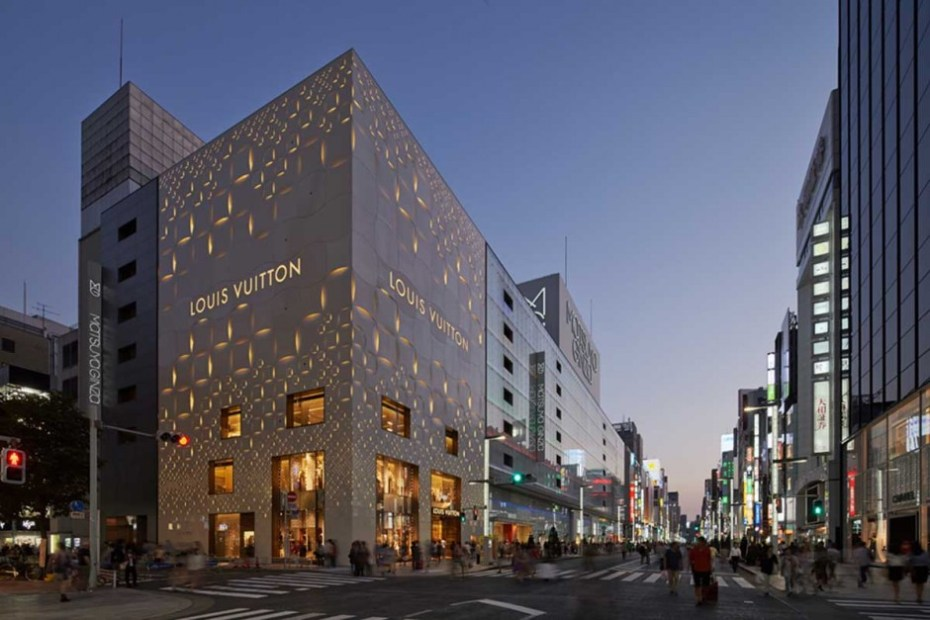 Image of Louis Vuitton's Matsuya Ginza Façade by Jun Aoki