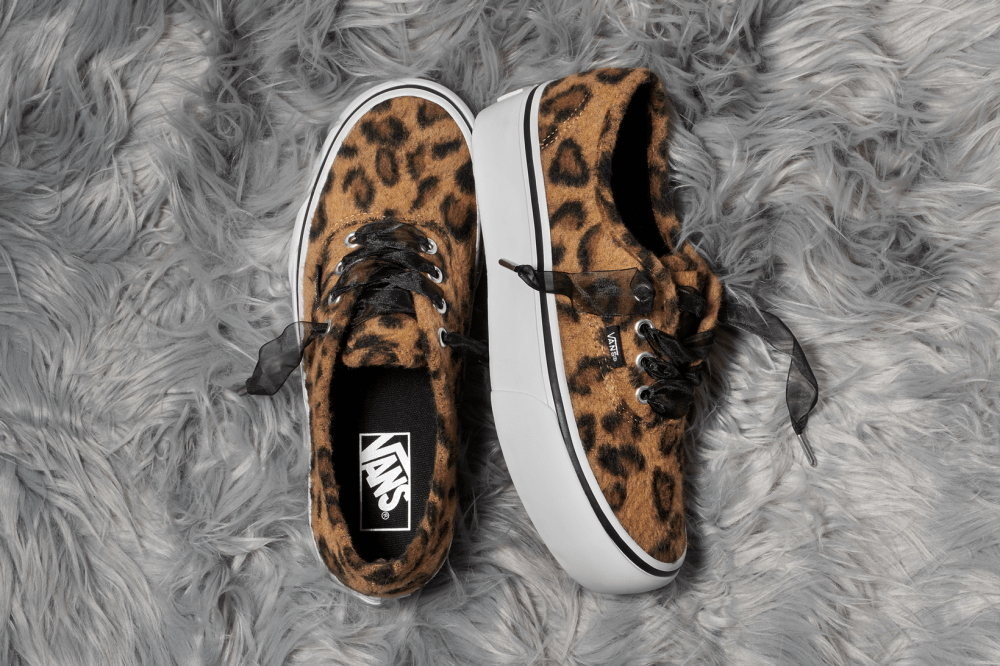 Vans Fuzzy Leopard Authentic Platform 2.0 Classic Slip On