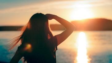 Göz sağlığı için yaz aylarında yapmamanız gereken 8 hatalı davranış