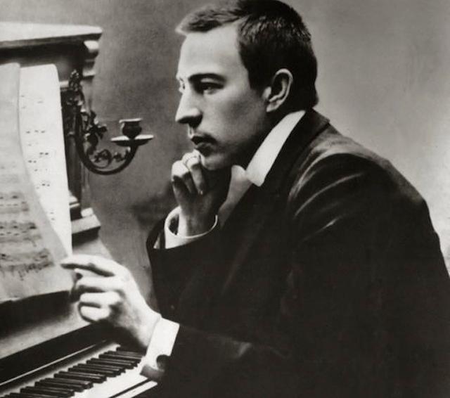 Sergei Rachmaninoff in his late twenties (via Wikimedia)
