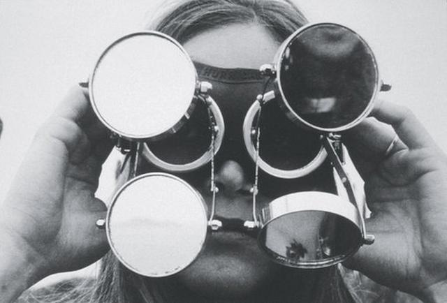 Óculos (Goggles),1968, by Lygia Clark (Image via MoMA)