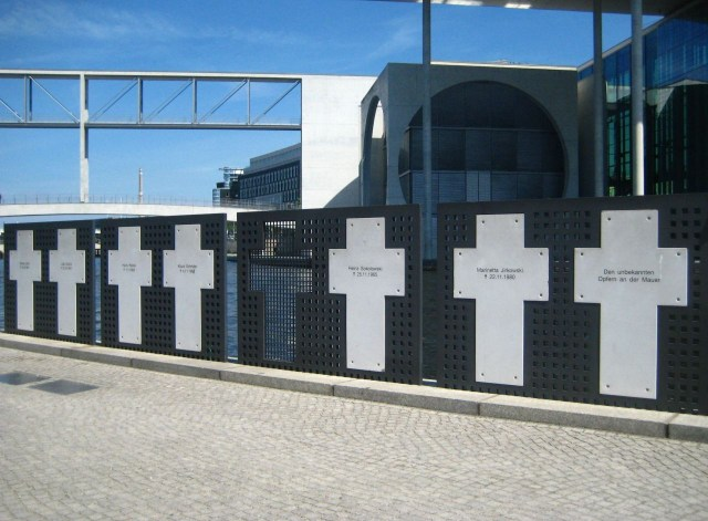 The White Crosses memorial near the Reichstag, from where they were taken. (Image via Wikimedia)