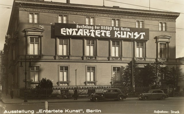"""Entarte Kunst"" Berlin exhibition postcard, showing signage on the front of the building at Galeriestrasse 4 (courtesy Swann Auction Galleries)"